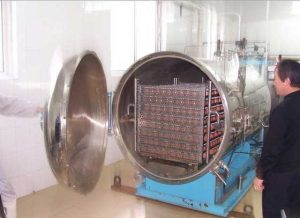 Industrial-Steam-Autoclave-for-Rubber-Vulcanization